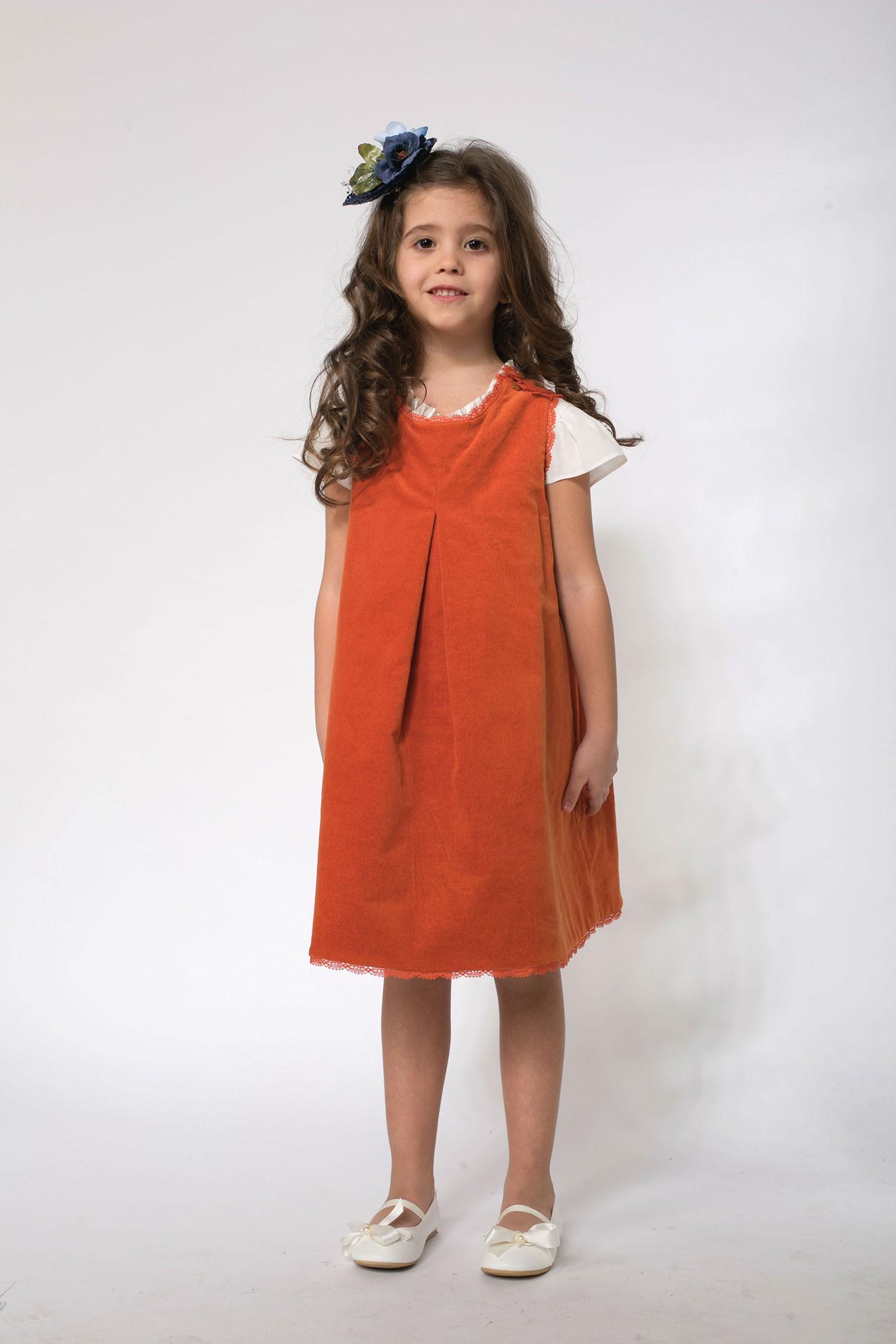 Rochie fetite extensibila cu 2 fete tip sarafan Maria cu catifea portocalie si imprimeu cu fructe
